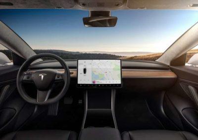 Tesla intérieur